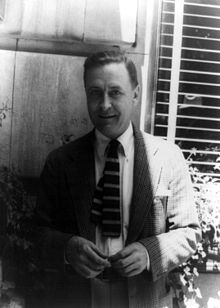220px-francis_scott_fitzgerald_1937_june_4_28129_28photo_by_carl_van_vechten29