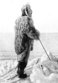 502px-Amundsen-in-ice
